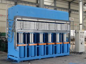 Pre-Cured Tread Hydraulic Press